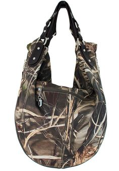 i totally want this purse!!! Realtree MAX4 camo hobo bag back