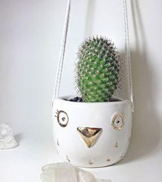 Owl planter. Pinned by www.myowlbarn.com