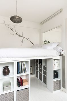 # Bei Florence Bories Erfinder der Marke Pigmée www.p Girl Bedroom Designs bei Bories der Erfinder Florence Marke Pigmée wwwp Girl Bedroom Designs, Room Ideas Bedroom, Small Room Bedroom, Bedroom Loft, Small Room Storage Ideas, Raised Beds Bedroom, Storage Hacks, Furniture For Small Spaces, Extra Storage