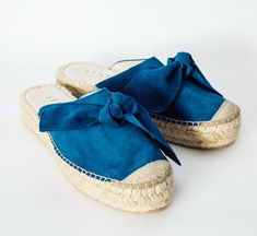 Sanaa Mule with bow Indian Blue Sanaa mules are the perfect day-to-day sandals, stylish, colourful and very comfortable thanks to the foamy insole. Designed in Italy, carefully handmade in Spain in a sustainable way. Suede Leather, Soft Leather, Indian Blue, Mule Sandals, Espadrilles, Spain, Italy, Stylish, Handmade
