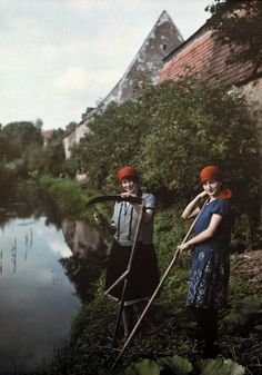 These Autochrome photos from the 1920s and '30s resulted in a painting-like quality that not even today's best Instagram filters can replicate.