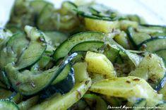 G`schmackiger Gurken-Erdäpfelsalat Couscous Salat, Salad Sauce, Sprouts, Salad Recipes, Zucchini, Grilling, Dressing, Vegetables, Cooking