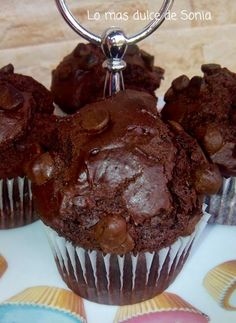 Everything You Need To Know About Cacao - Healthy Food Raw Diets Choco Chocolate, Chocolate Muffins, Bolo Genoise, Cop Cake, Pan Dulce, Food Platters, Eat Dessert First, Brownie Recipes, Cacao