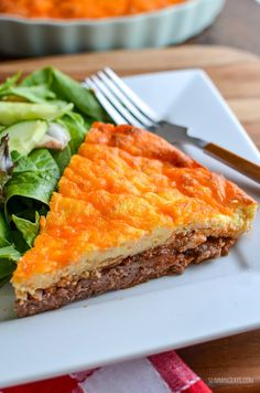 Syn Free Cheeseburger Quiche - yes this really is all the great things about a Cheeseburger made into a delicious Slimming World friendly crustless quiche. If you make anything, make this!! I had planned to