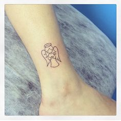 55 Simple Small Tattoo Designs Trend in 2019 Simple Angel Tattoos, Small Angel Tattoo, Angel Tattoo For Women, Tattoos For Women, Guardian Angel Tattoo, Angel Tattoo Designs, Dragon Tattoo Designs, Small Tattoo Designs, Angle Tattoo