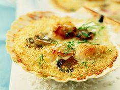 Garlic Parmesan Potatoes, Belgian Food, Coquille Saint Jacques, Food Porn, Dinner Party Recipes, Tasty Dishes, Food For Thought, Seafood, Good Food