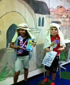 Children acting out the Pharisee and Tax Collector Bible story Skits For Kids, Act For Kids, Pharisee And Tax Collector, Christian Skits, Sunday School Games, Bible Games, Youth Ministry, Bible Stories, Acting