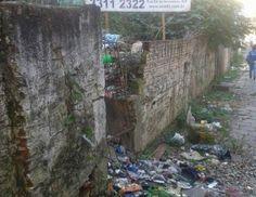 Leitor reclama de lixo em terreno.  Via: O Nacional