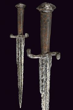 An extant medieval dagger; Provenance: Europe, dating: 15th Century