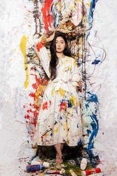 Portrait of Christine Zhiyi a young Chinese emerging artist from Singapore Singapore, Chinese, Portrait, Artist, Photography, Photograph, Fotografie, Portrait Illustration, Photo Shoot