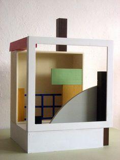 Nathalie Du Pasquier   construction