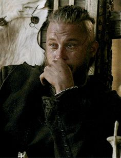 """I was sick as a dog this past weekend so a friend of mine uploaded """"Vikings"""" season 1 on my ipad and I watched the entire season in two days. Vikings Actors, Vikings Show, Vikings Tv Series, Travis Vikings, Vikings Travis Fimmel, Girls Talk Boys, Sons Of Ragnar, Ragnar Lothbrok Vikings, Viking Character"""