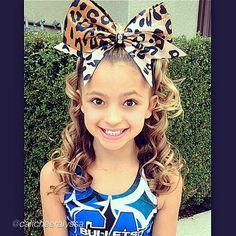 "Cheer bow of the day. by @calicheeralyssa ""❤ Becky bow!!!❤ so cute!!! @bowsoflondon #bol #bolgirl #bowsoflondon #bowsoflondongirl #cheeruk #cheerusa #beckybow #cacheer #cheer #calicheer #pretty #bigbow #cheerbow #glitter #bling #perfect #flyer #tumble #bulletscheer #calicheeralyssa #cheerpractice"" via @InstaReposts"