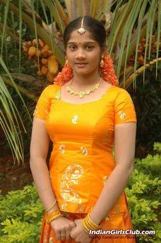Beautiful Real Life Photos of South Indian Girls Beautiful Girl Indian, Beautiful Girl Image, Most Beautiful Indian Actress, Beautiful Actresses, Beautiful Saree, Cute Beauty, Beauty Full Girl, Beauty Women, Indian Girl Bikini