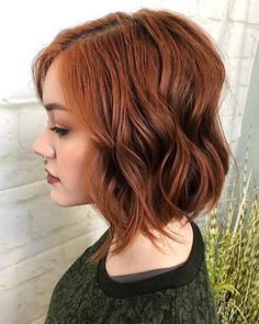 21 Gorgeous Short Bob Hairstyles For Thick Hair 2020 - - Bobs look great on women with hair. These bob hairstyles for thick hair are cute and bouncy, perfect for amplifying your mane without looking too bulky. Bob Style Haircuts, Short Layered Bob Haircuts, Bob Hairstyles For Thick, Bob Haircuts For Women, Hairstyles Haircuts, Layered Hairstyles, 2018 Haircuts, Short Hair With Layers, Short Hair Cuts