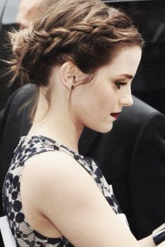 Emma Watson - Braid & makeup gorgeousness CAN SHE STOP BEING SO PERFECT