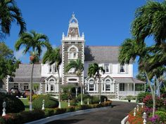 Govvernment House above Castries, St. Lucia, Eastern Caribbean, is the official residence of the country's governor-general. Free Photos, Free Stock Photos, Photo Stock Images, Caribbean, Saints, Saint Lucia, Mansions, House Styles, Building