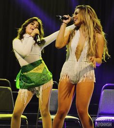 Caminah, Camila and Dinah on stage #727TourPortoAlegre