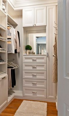 closet layout 57632070218283721 - nice-small-walk-in-closet-white-chocolate-textured-melamine-recessed-panel-doors-and-drawer-fronts-crown-and-base-moldings More Source by Master Closet Design, Walk In Closet Design, Master Bedroom Closet, Closet Designs, Master Bathroom, Small Master Closet, Small Bedroom Closets, Small Deep Closet, Small Walk In Closet Ideas