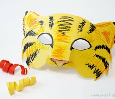 Carnevale fai da te: la maschera da tigre da costruire Early Years Teaching, Tigger, Pane, Photo Props, Pikachu, Free Printables, Origami, Decoupage, Disney Characters