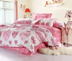 Sweet Heart Style White and Pink 4 Piece Bedding Sets