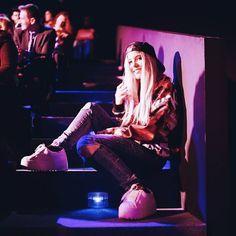 """61.3 mil Me gusta, 271 comentarios - Paula Baena (@paula.baena) en Instagram: """"Primera vez que vengo a la Mercedes Benz Fashion Week y muy fan oye!  Hemos venido las botches a…"""""""