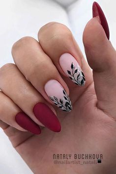 Nails Art Design- 43 Different Nail Design Models For Manicure Every Day New 2019 - Page 24 of 42 - eeasyknitting. Acrylic Nails Natural, Matte Acrylic Nails, Almond Acrylic Nails, Green Nails, Pink Nails, My Nails, Popular Nail Designs, Nail Art Designs, Nails Design