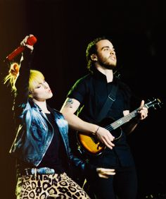 Hayley and Taylor #paramore