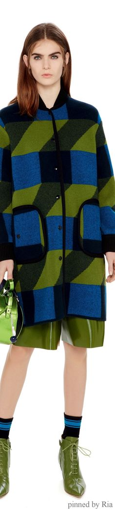 M Missoni Pre-Fall 2016 Collection Photos - Vogue Fall Fashion 2016, Runway Fashion, Fashion News, Fashion Show, Autumn Fashion, Fashion Design, High Fashion, Fashion Outfits, Fashion Trends