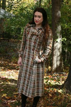 Hey, I found this really awesome Etsy listing at https://www.etsy.com/listing/112781607/vintage-70s-coat-long-plaid-coat-by-saks