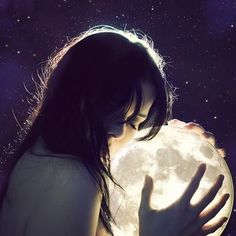 I seen this and had instant tears. I want to do this so bad. Since she has past and I talk to her by talking to the moon, sometimes I just want to hold it so bad. I wish it was only that easy.