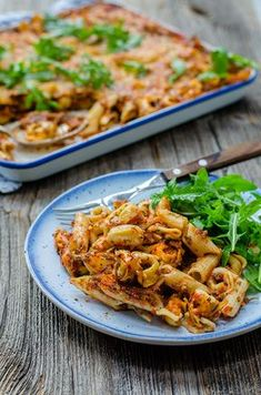 Oven Dishes, Dinner Dishes, Tasty Dishes, Veggie Recipes, Pasta Recipes, Healthy Recipes, Penne, Zucchini, Salad Bar