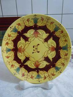 http://img1.mlstatic.com/prato-decorativo-antigo-em-porcelana-pintado-a-mo-27cm_MLB-O-201670532_8263.jpg