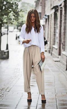 White blouse + baggy pants fashion moda, kıyafet и kadın Street Style Chic, Minimalist Street Style, Minimalist Fashion, Stockholm Street Style, Paris Street, Work Fashion, Fashion Looks, Fashion Outfits, Womens Fashion
