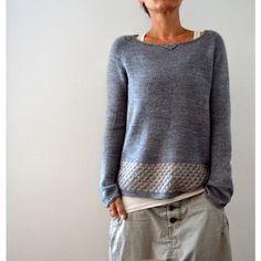 Knitting instructions Llevant by Isabell Kraemer - crochet patterns Sweater Knitting Patterns, Knit Patterns, Knitting Stitches, Knitting Needles, Knitting Sweaters, Pulls, Knitting Projects, Knitting Ideas, Knitwear