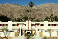 Palm Springs CA Ambiance.