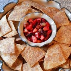 Fruit Salsa and Cinnamon Chips Recipe. Used a variety of berries. the chips turned out great! I brushed melted butter on them (both sides). After cooling, I stored layered on paper towels so they wouldn't get soggy. Appetizer Salads, Appetizer Recipes, Appetizers, Cinnamon Chips, Cinnamon Butter, Good Food, Yummy Food, Fruit Salsa, Chips Recipe