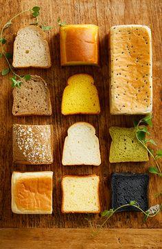 Bakery Menu, Bakery Cafe, Japanese Bread, Bread Shop, Food Menu Design, Bakery Packaging, Good Food, Yummy Food, My Best Recipe
