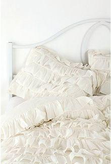 Ruffly bed spread