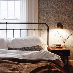An entry from herpaperweight | Farmhouse Bedrooms, Wallpapers and Farmhouse
