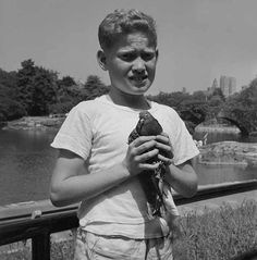 Photo: Vivian Maier. If Maier hadn't taken this photograph, Diane Arbus would have.