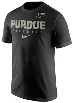 For football and your love of sport, this Nike men's NCAA Cotton Practice T-shirt lets you move in every direction on the field or in the stands. In breathable cotton, this college tee features the Purdue Boilermakers name and logo right in front. Crew neck Short sleeves Screen print team graphic at front Screen print team logo at top left Screen print brand logo below graphic Regular fit Tagless Cotton Machine washable