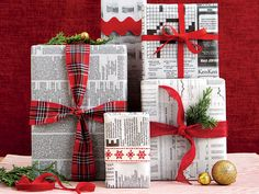 Newspaper gift wrapping ideas that are classy and chic and not like yesterday's left overs. So be eco-friendly, be thoughtful and be unique this Christmas. Green Wrapping Paper, Gift Wrapping Paper, Wrapping Papers, Christmas Gift Wrapping, Christmas Crafts, Christmas Decorations, Wrapping Ideas, Furoshiki Wrapping, Recycled Gifts