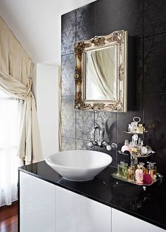 <3 Like the Sink
