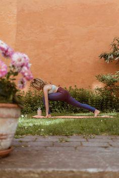 sara-che-adidas-stella-mccartney-yoga-mat-bkr-bottle-yoga-mat-benefit