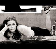 Margot Kidder as Lois Lane in Superman The Movie 1978 Superman And Lois Lane, Superman Family, Batman And Superman, Superman Stuff, Dc Comics, Action Comics 1, Famous Superheroes, Christopher Reeve Superman, Bonnie Tyler