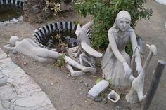 salmagundi: Who was Helen Martins? Owl House, Outsider Art, Mixed Media Art, 1920s, Garden Sculpture, South Africa, Outdoor Decor, Artist, Artists