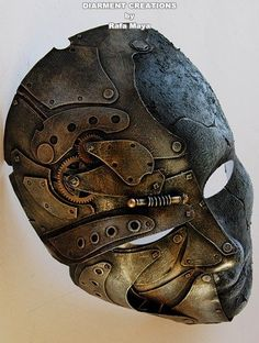 How can a Steampunk Metal Stone Full Mask made of cardboard, plastic, recycled parts and paint look this realistic?