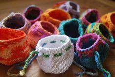 Philal's Treasurepouches - free pattern via Ravelry
