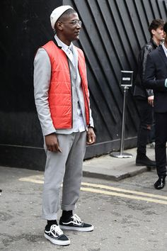 // London Collections: Men hit day 3 and our street style photographer Dylan Myers was there to capture the best of all. See all the LCM Street style menswear shots from the of June Please credit if you share these photos. Men's Day, Down Vest, Vans Old Skool, Cropped Pants, Mens Fashion, Street Fashion, Work Wear, Street Wear, Menswear